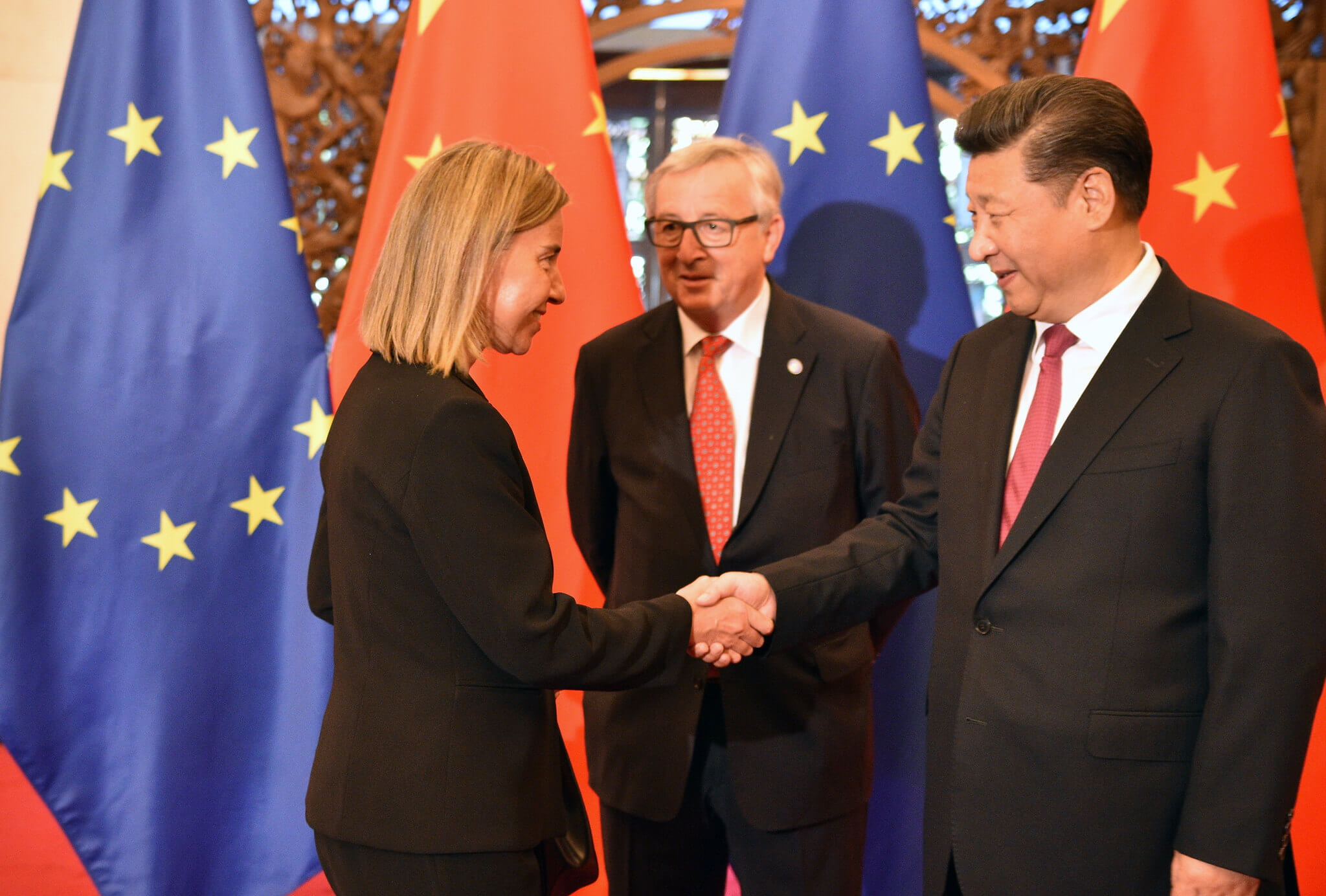 Xi Jinping meets with Federica Morgherini and Jean-Claude Juncker. ©Flickr/European External Activities Service