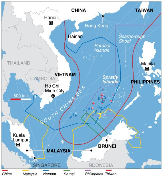 Parts of the South China Sea are claimed by China (the red 'cow's tongue'), Malaysia, Vietnam, Brunei, the Philippines, Taiwan and even Indonesia. © Wikimedia