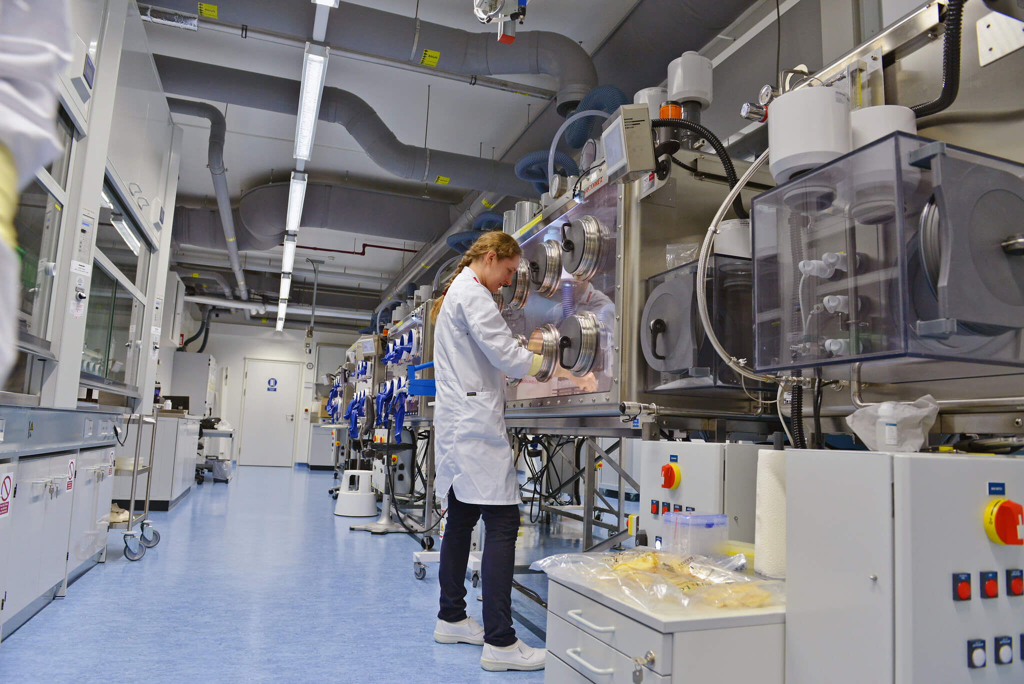 Erasto-Staff at the plutonium laboratory of the newly constructed IAEA Nuclear Material Laboratory in Seibersdorf, Austria - IAEA