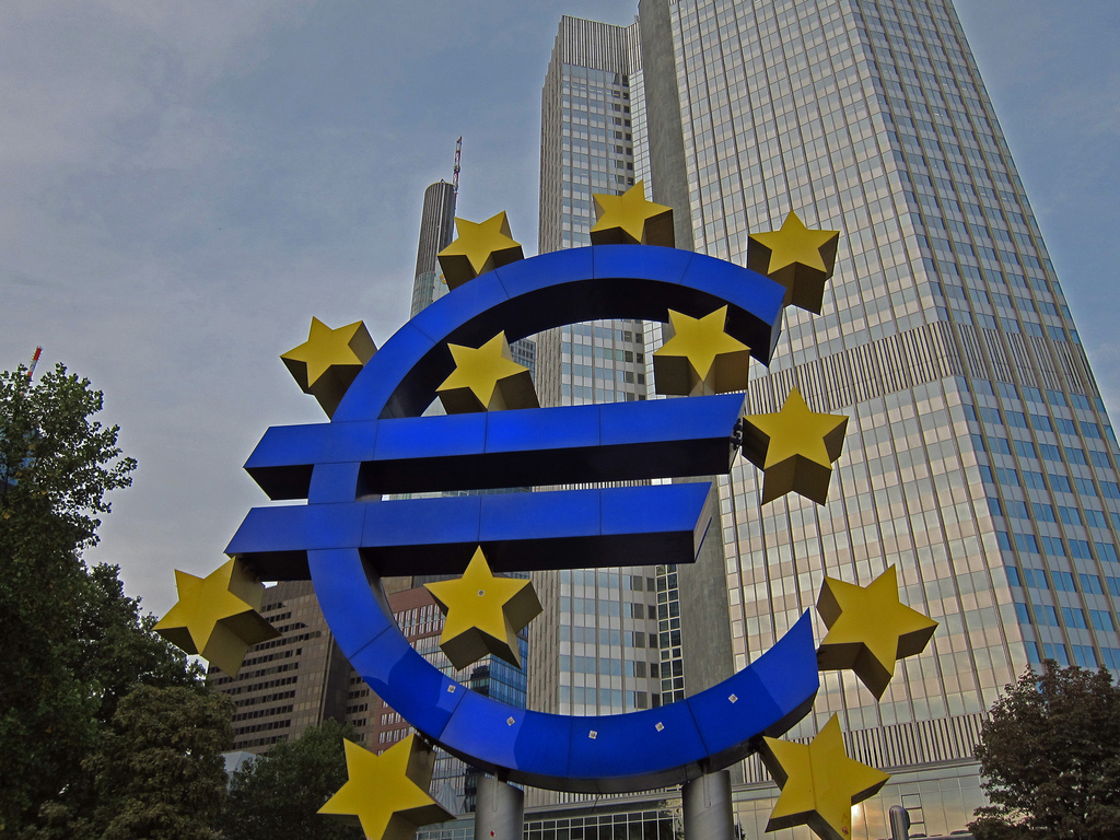 Euro sculpture with 12 stars for the member nations of the the European Central Bank - Jim Woodward