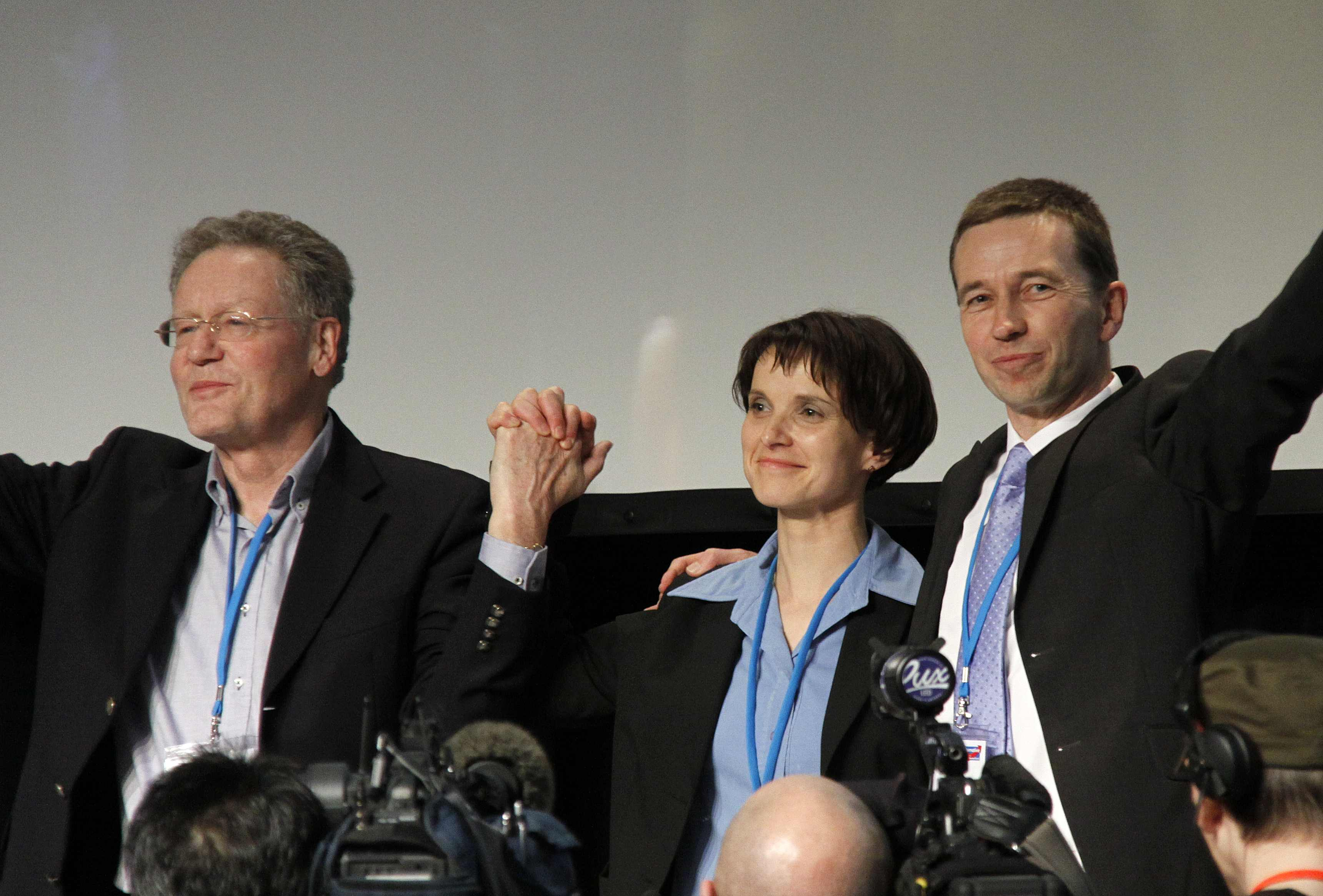 AfD founders Konrad Adam (left), Bernd Lucke with Frauke Petry during the first AfD convention on 14 April 2013 in Berlin. Source: Wikimedia