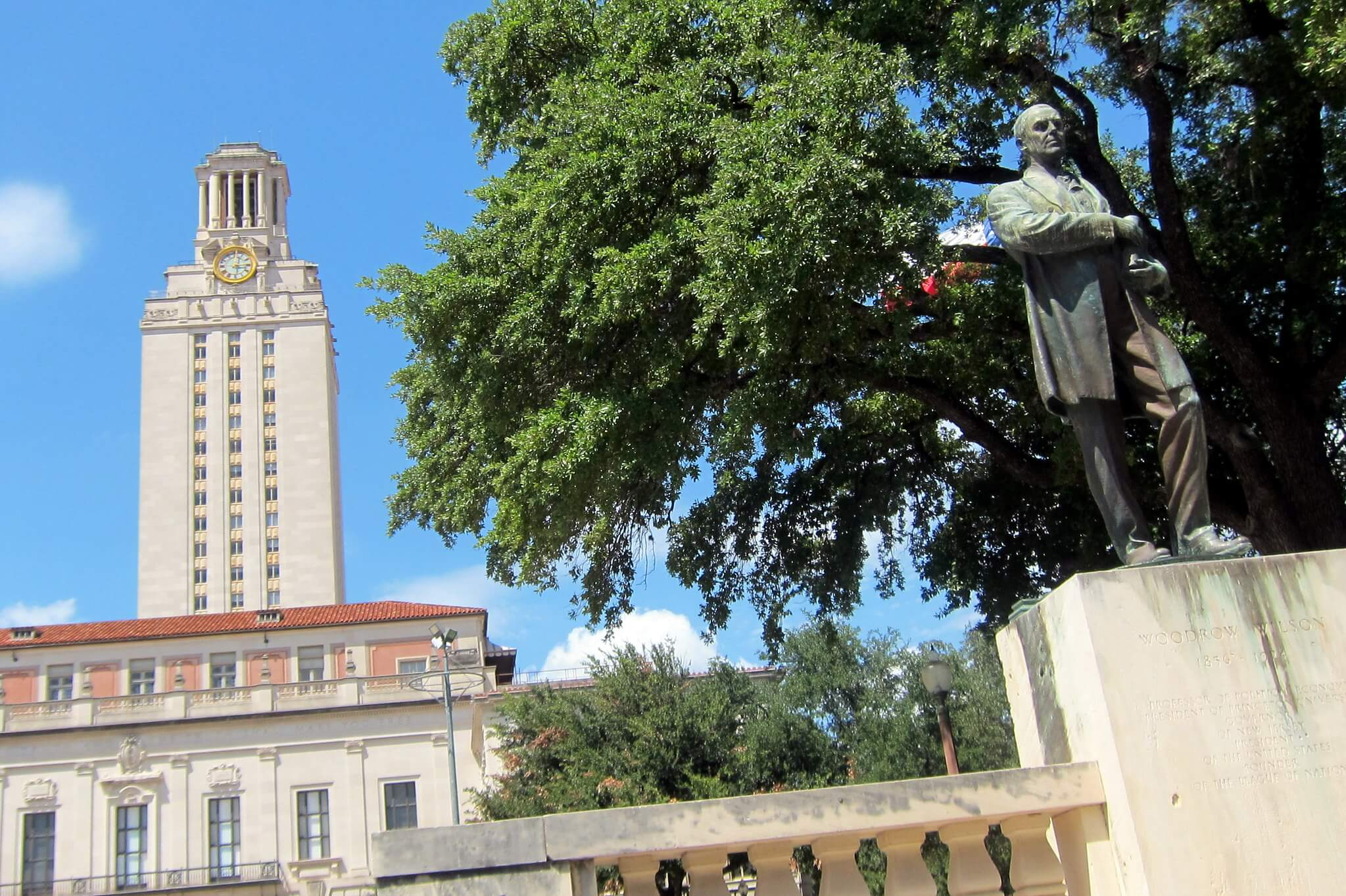 Klijn-Statue of President Woodrow Wilson at the University of Texas at Austin. Wally Gobetz - Flickr