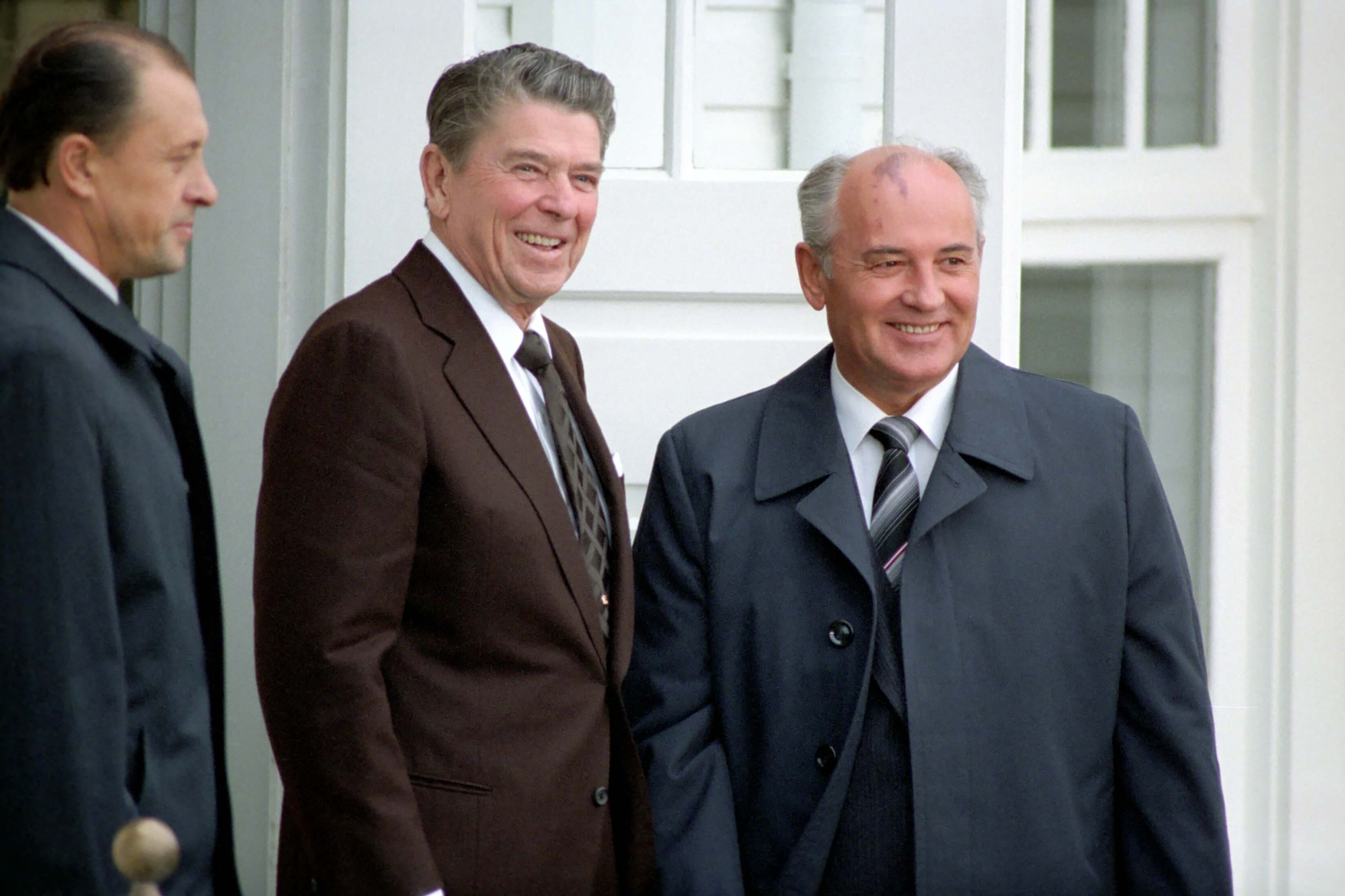 US President Reagan and Soviet General Secretary Gorbachev at the Reykjavik Summit, 1986. © The Official CTBTO Photostream/Flickr