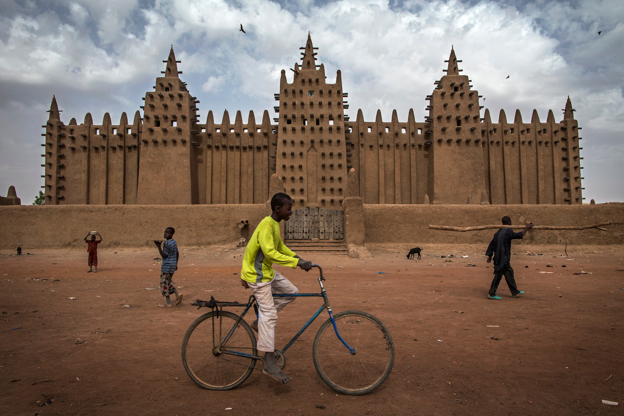 The Great Mosque of Djenné in Mali in 2015. United Nations Photo