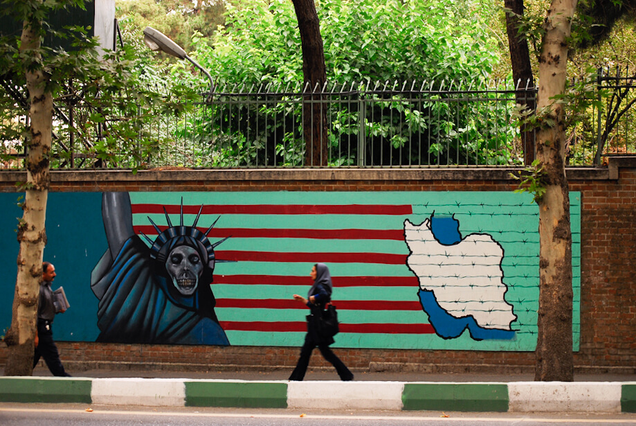 Anti-American street art in Tehran. © Tehran & Out-4 / Flickr