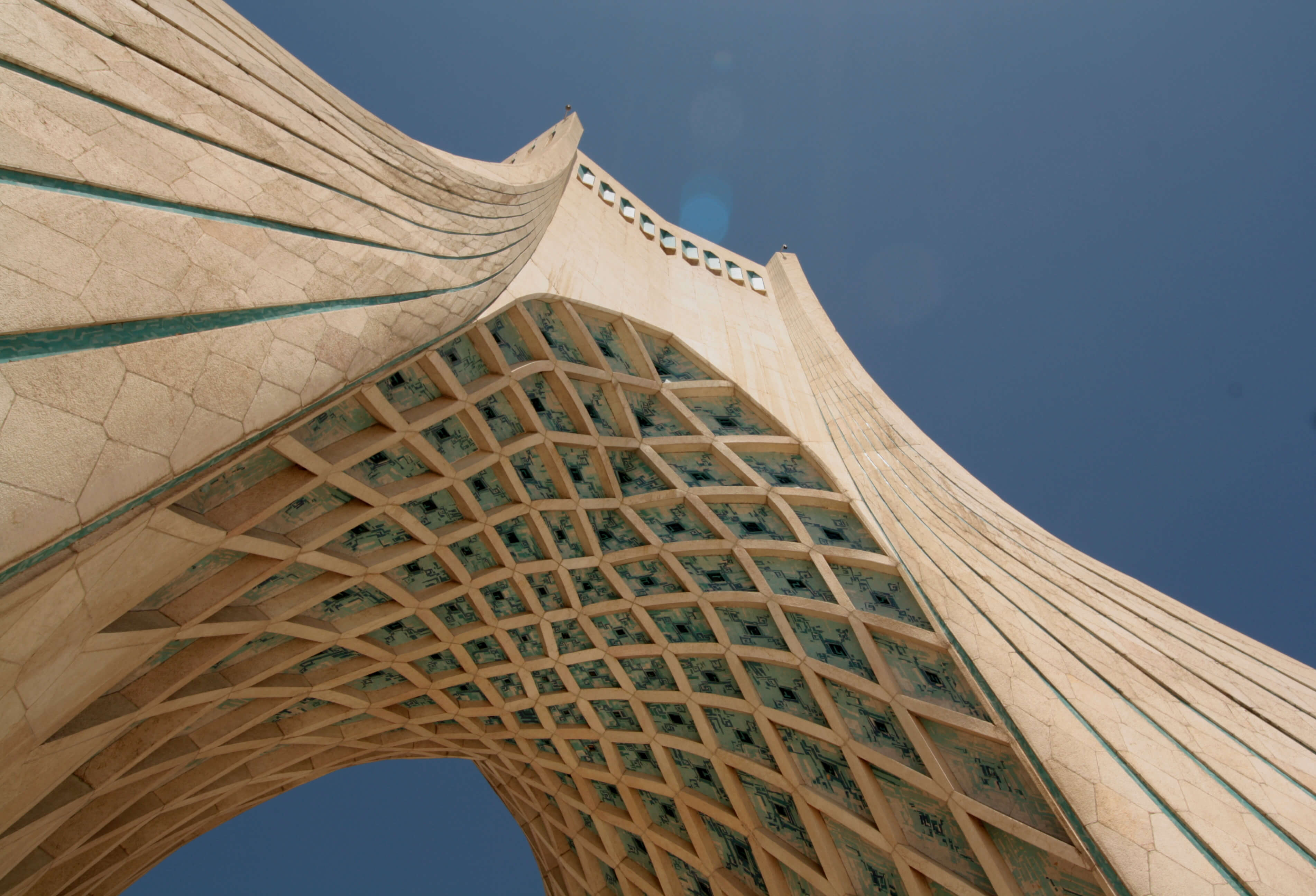 The Azadi Tower in Tehran. © Blondinrikard Fröberg / Flickr