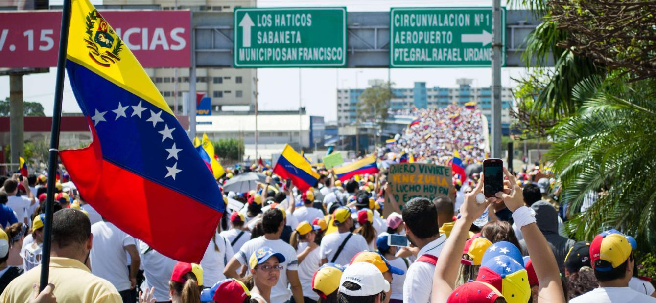 Alles voor de macht in Venezuela