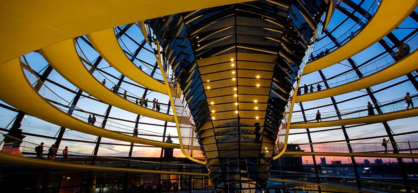 Duitsland op zoek naar nieuwe rol op het wereldtoneel
