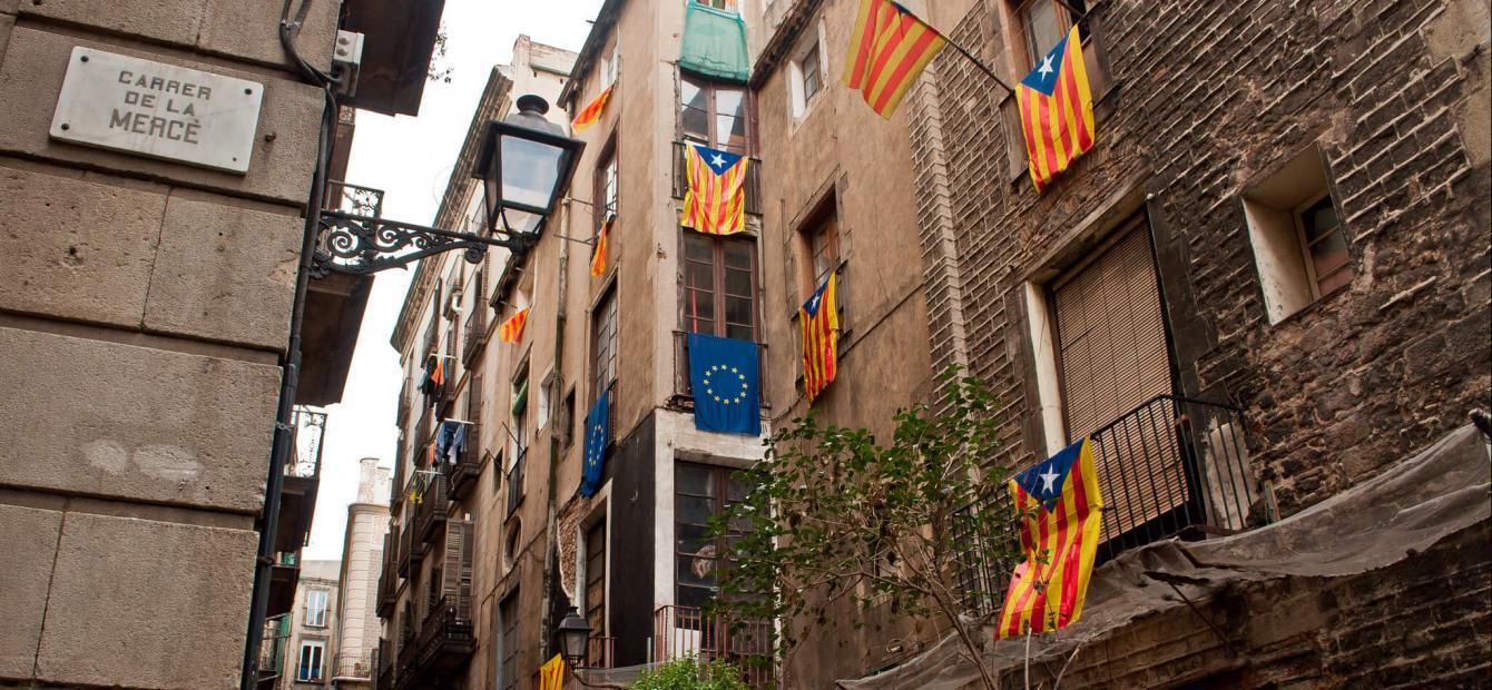 Per dag regeren in een verdeeld Spanje