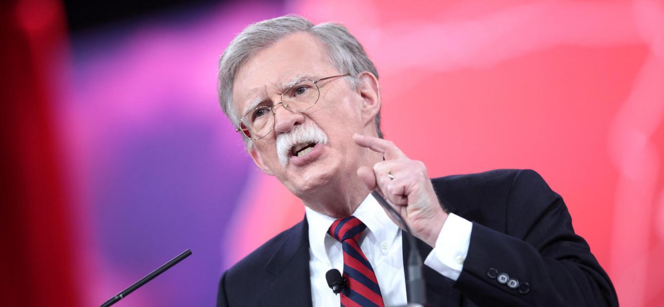 John Bolton doet een boekje open over VS én Nederland