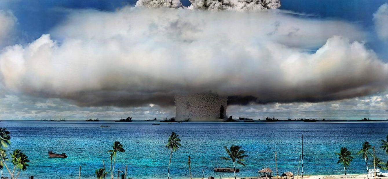 Will humans and/or machines save us from nuclear doomsday?