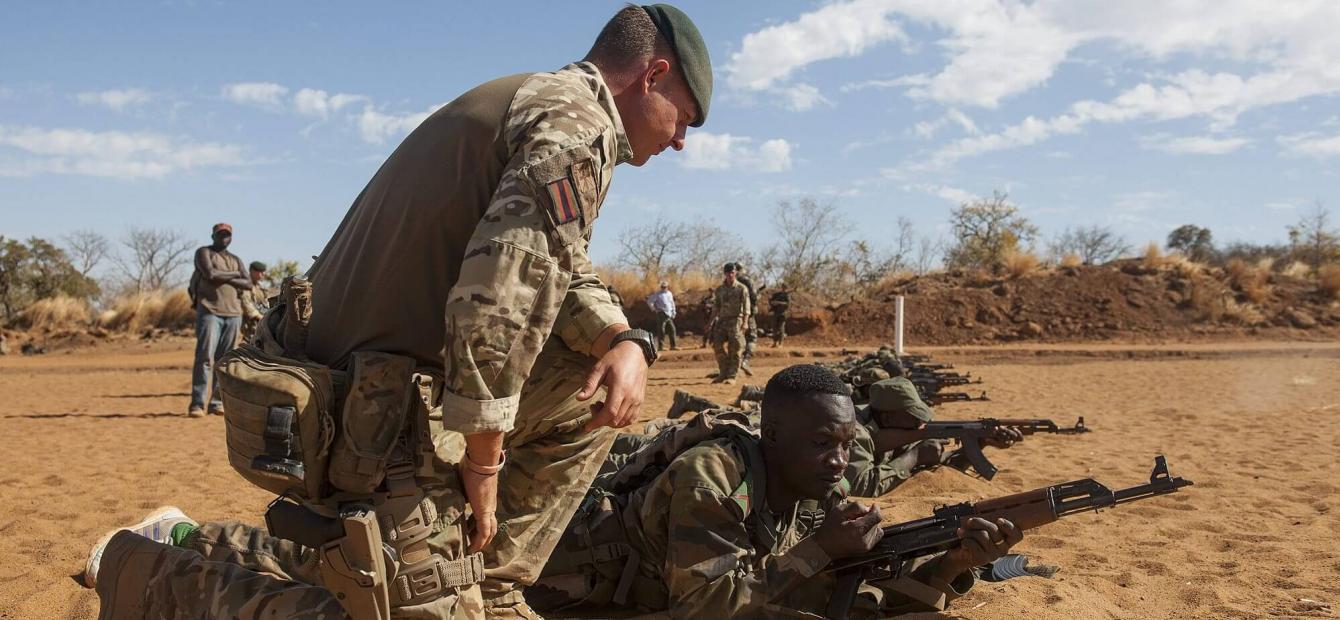 Nieuwe Europese Vredesfaciliteit kan oorlogsmachine worden