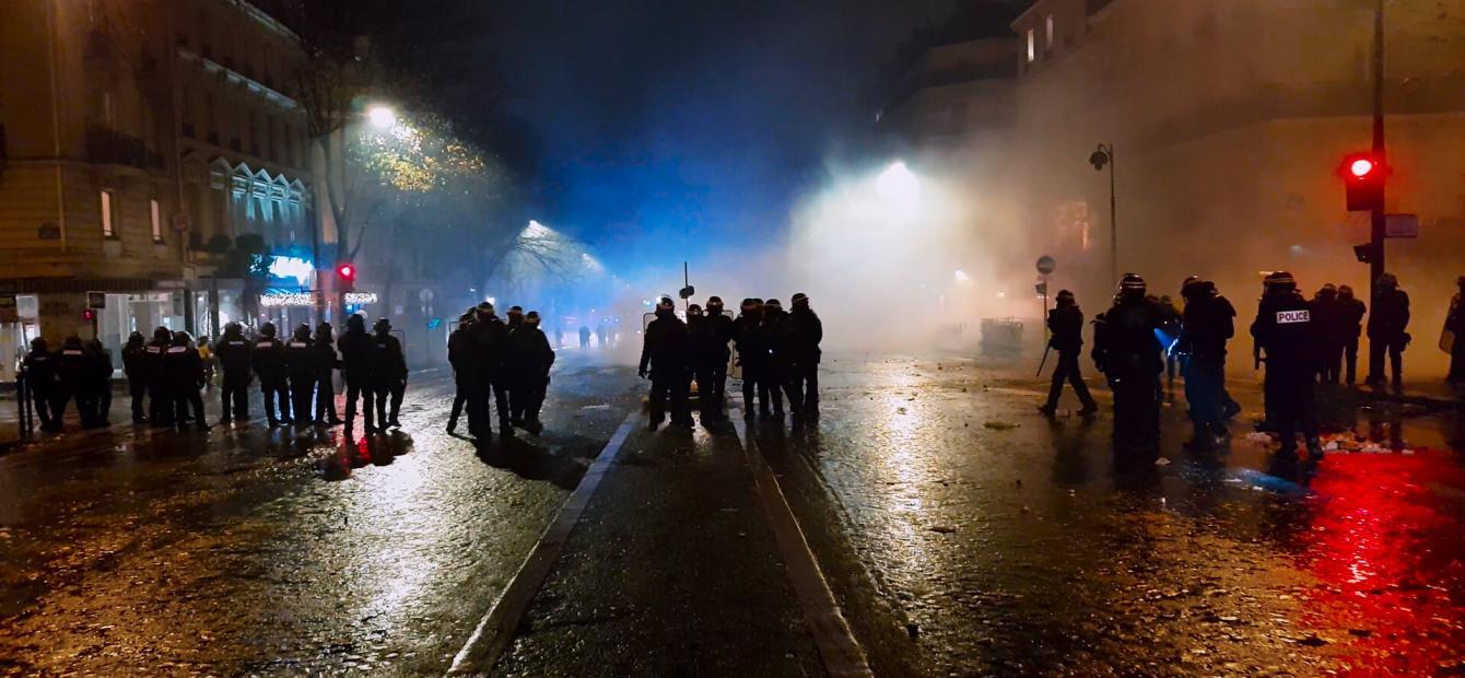 Politiegeweld in beeld: hoe heilig is de openbare orde?