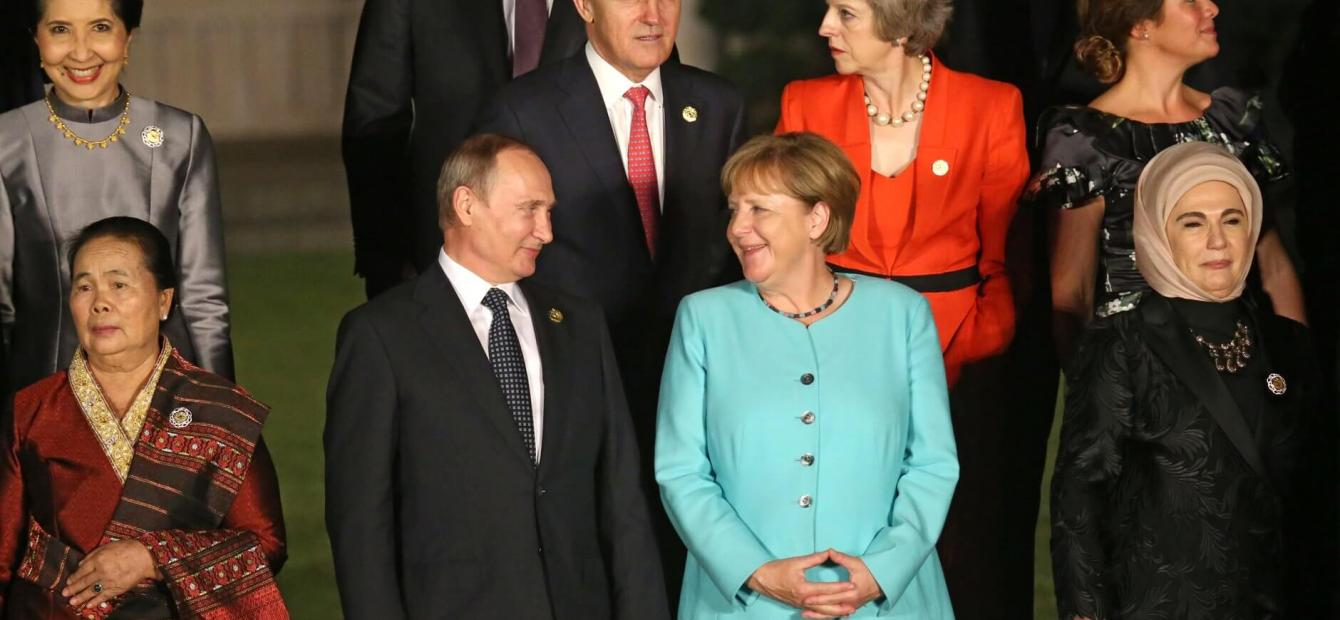 Merkel faces Russia: Dialogue with limited results
